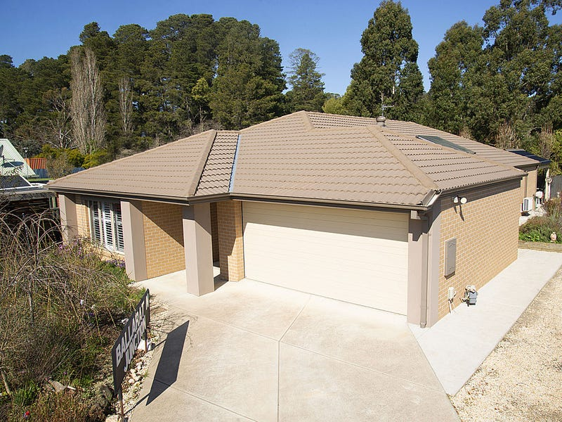 13A Castlemaine Road, Creswick, Vic 3363