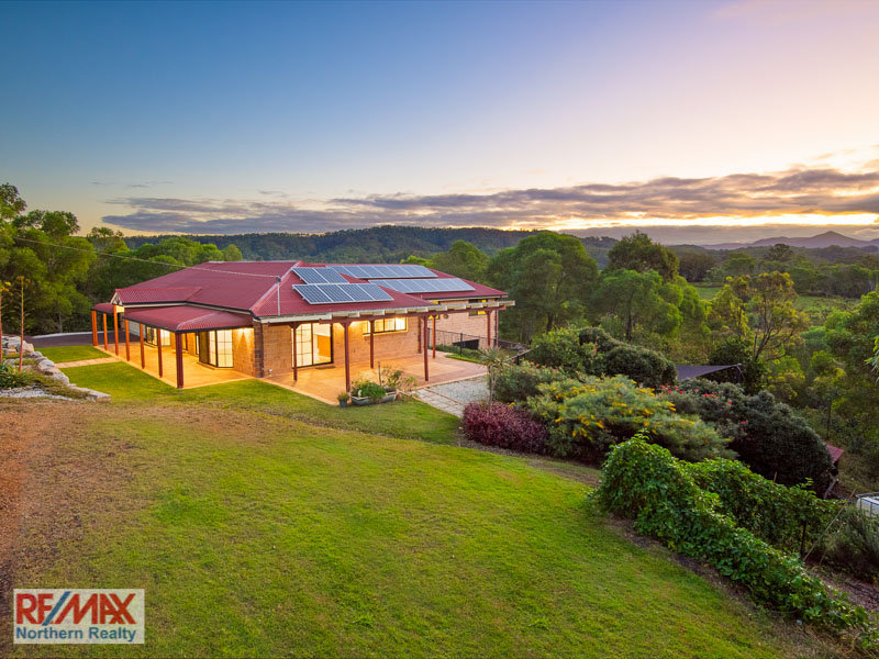 20 Dobsons Road, Clear Mountain, Qld 4500