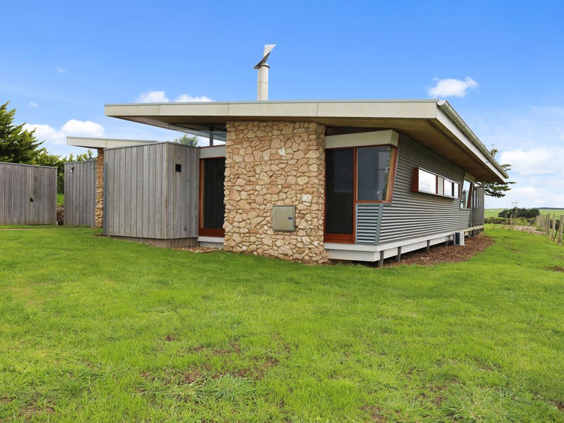 40 Farnham Road, Dennington, Vic 3280