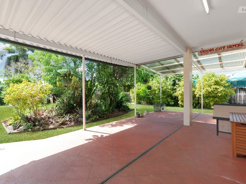 28 Resolution Drive, Bentley Park, Qld 4869