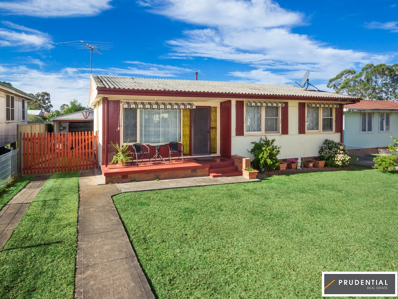 35 Glenwari Street, Sadleir, NSW 2168