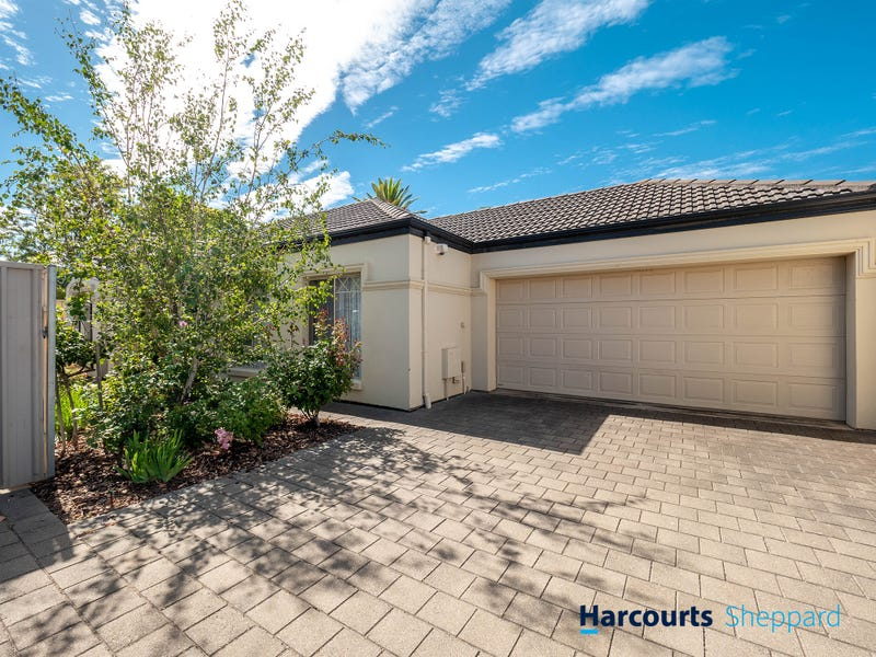 12B Balmoral Ave, North Brighton