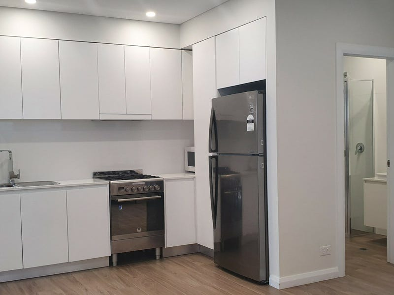 Granny Flat/13 St Georges Road, Bexley, NSW 2207