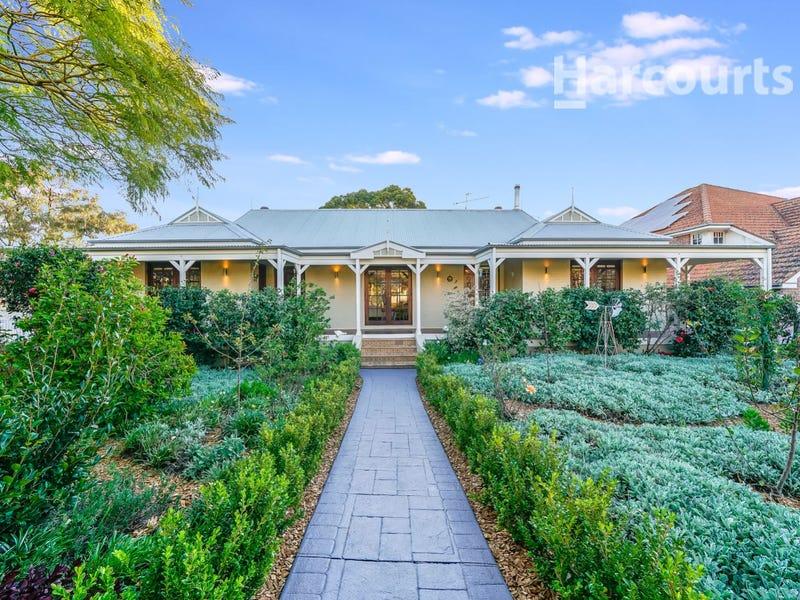 12 Gracemere Place, Glen Alpine, NSW 2560