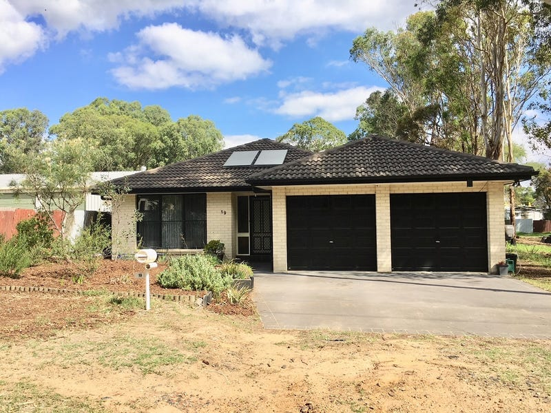 19 Hunter St, Ellalong, NSW 2325