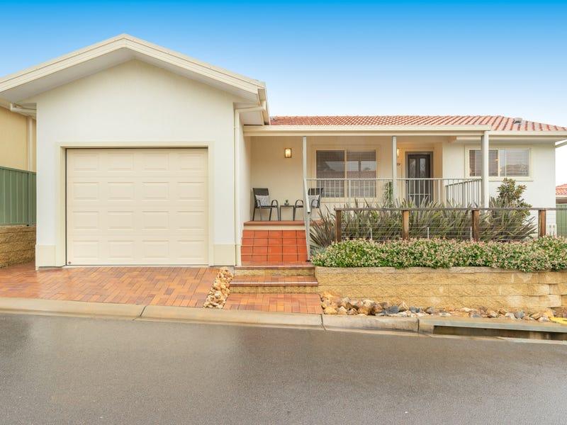 349/61 Pine Needles, Karalta Road, Erina, NSW 2250