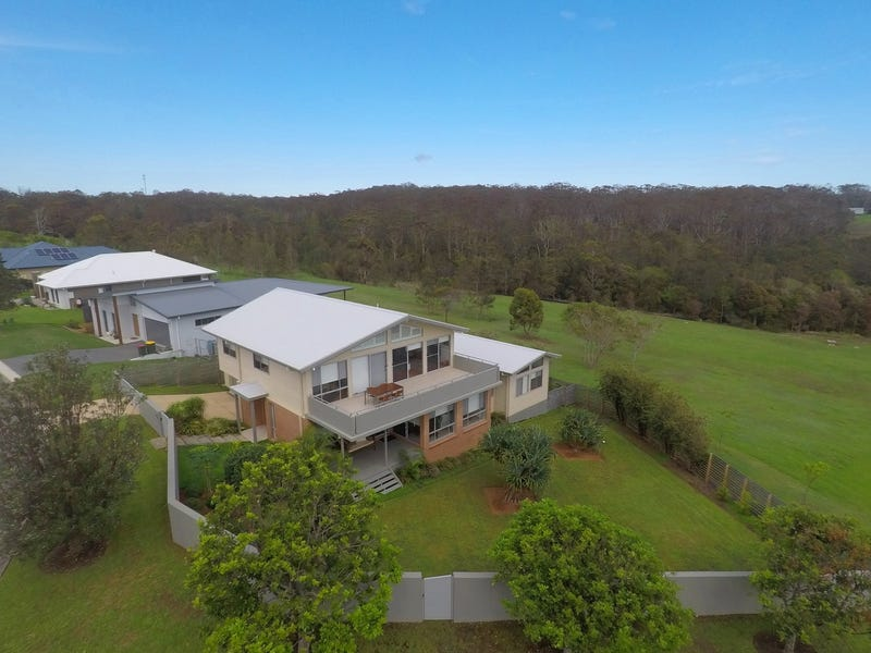 16 Torquay Circuit, Red Head, NSW 2430