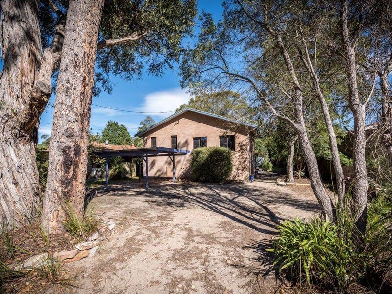 80 Railway Avenue, Colo Vale, NSW 2575