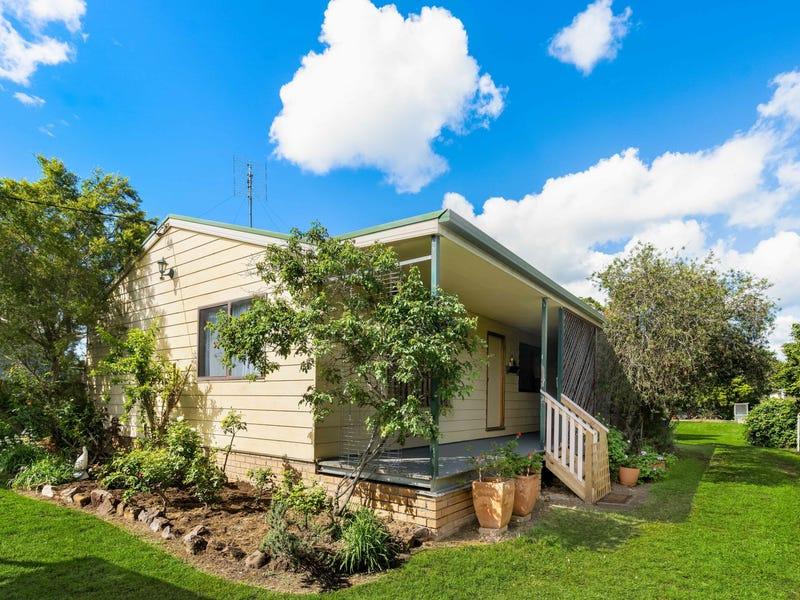 36 Whitburn Street, Greta, NSW 2334
