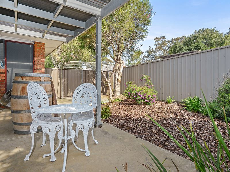 2/4 Davoren Court, Victor Harbor, SA 5211
