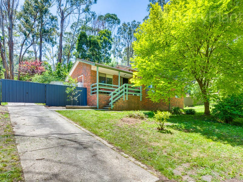 36 Salisbury Road, Mount Macedon, Vic 3441