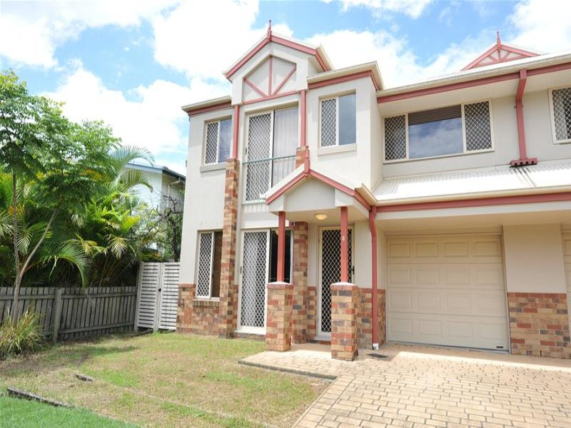 Address available on request, Oxley, Qld 4075