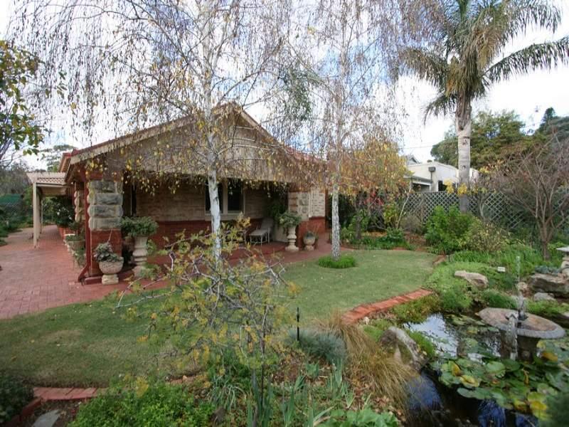 9 Carruth Road, Torrens Park, SA 5062