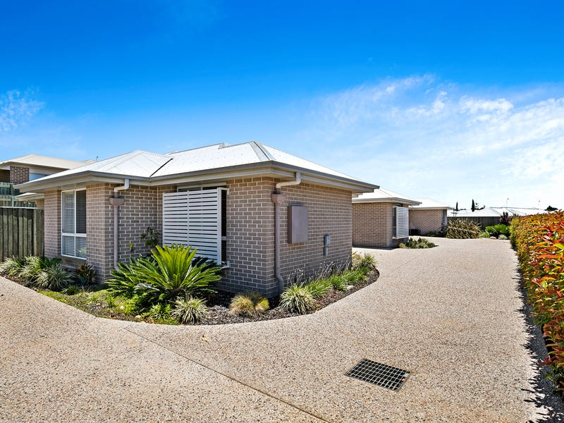 5 Nabiac Close, Kearneys Spring, Qld 4350