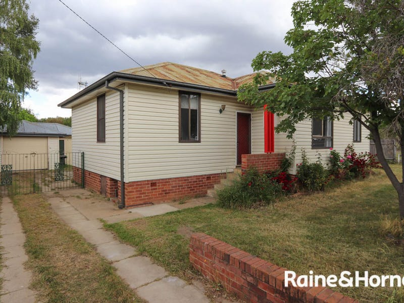 380 Stewart Street, Mitchell, NSW 2795