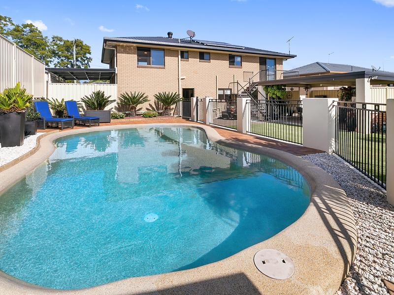23 Lance Drive, Flinders View, Qld 4305