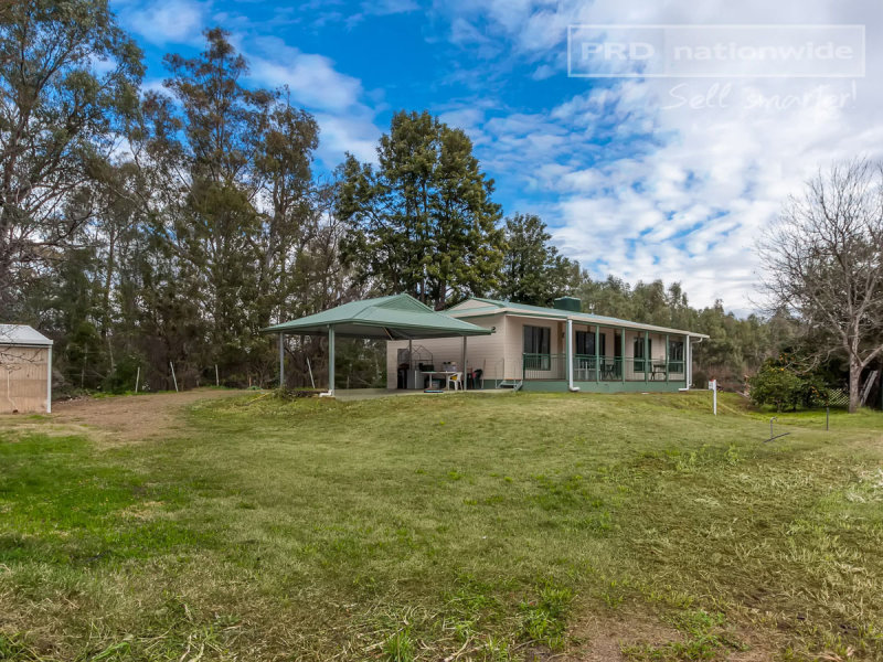 19 Graham Avenue, Gumly Gumly, NSW 2652