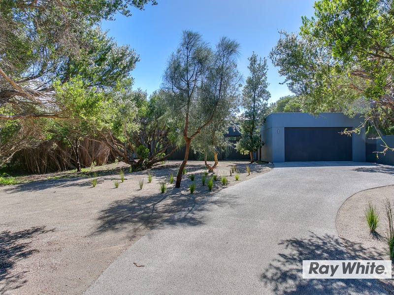 121 Bass Meadows Boulevard, St Andrews Beach, Vic 3941