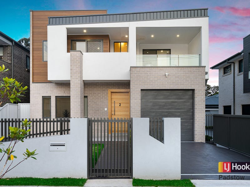 2/65 Ramsay Road, Picnic Point, NSW 2213
