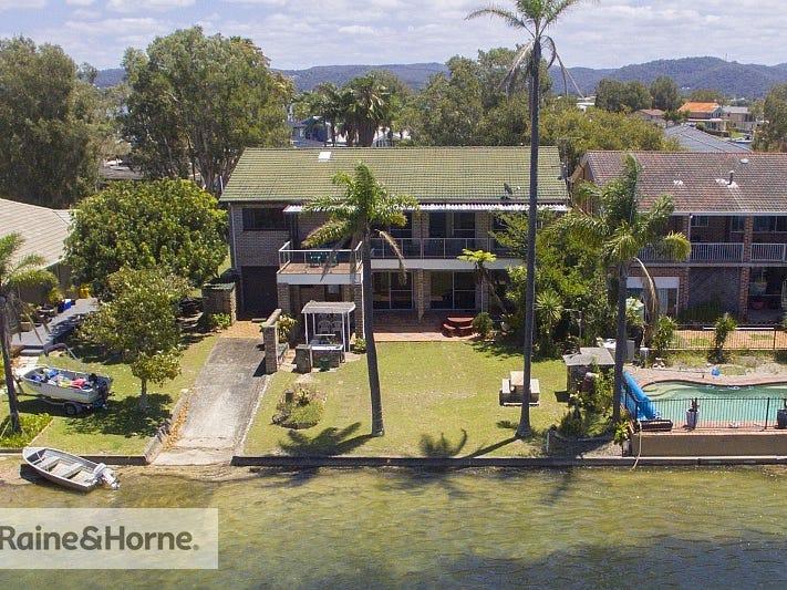 32 Mainsail Avenue, St Huberts Island, NSW 2257