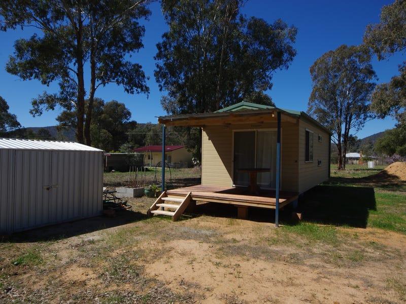 37 Lachlan Street, Koorawatha, NSW 2807