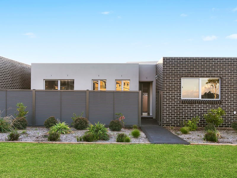 1-3/30 Coolum Parkway, Shell Cove, NSW 2529