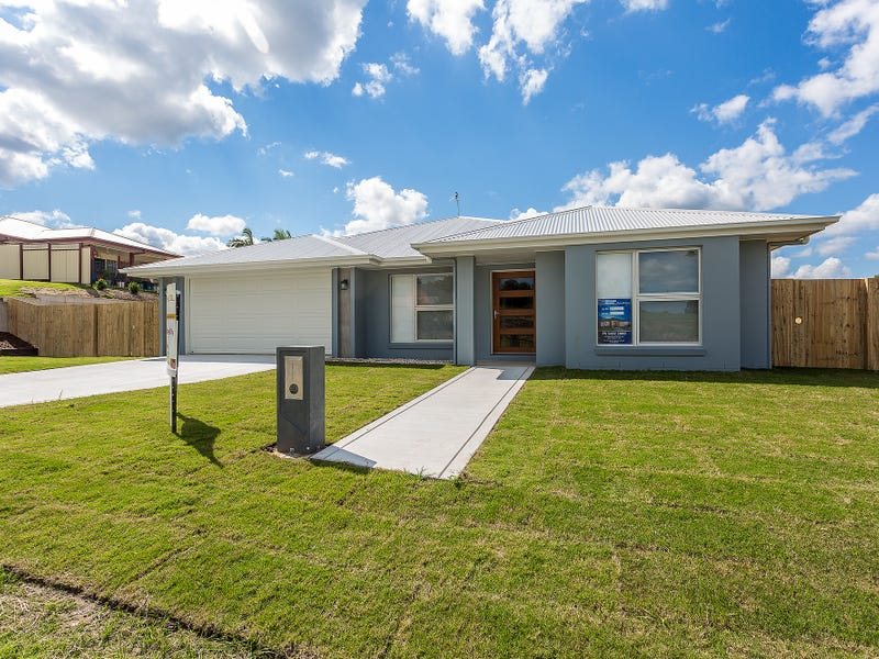3 Knightsbridge Drive, Southside, Qld 4570