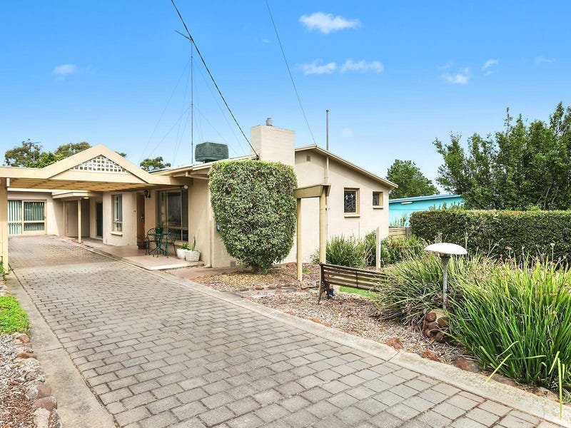 4 Elizabeth Street, Highton, Vic 3216