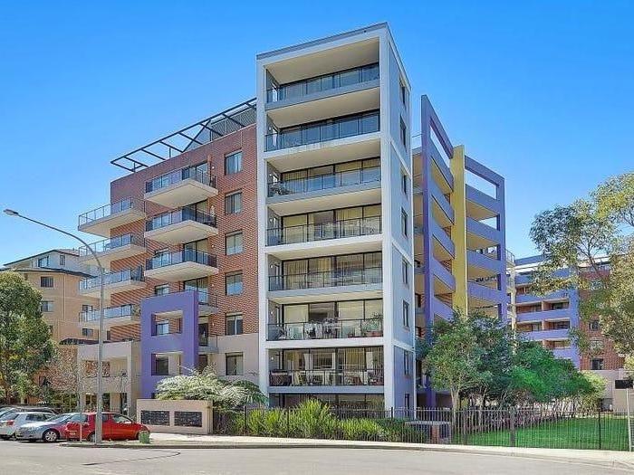 2305/32-36 Orara Street, Waitara, NSW 2077