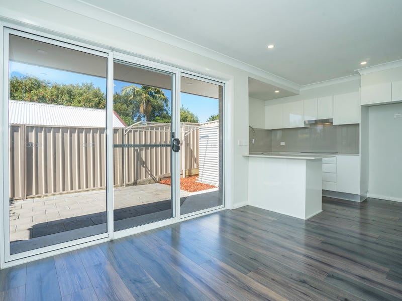2/8 Blair Street, Teralba, NSW 2284