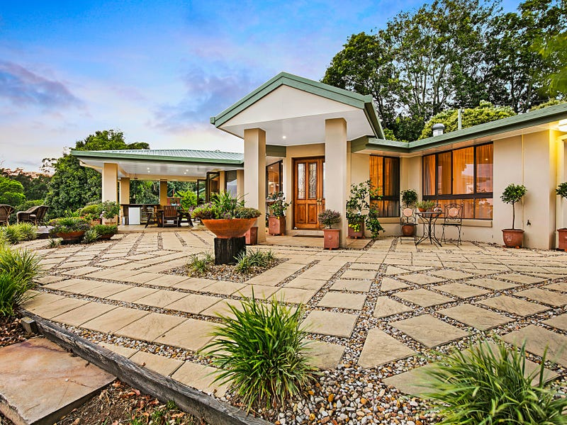 23 Grey Gums Drive, Blue Mountain Heights, Qld 4350
