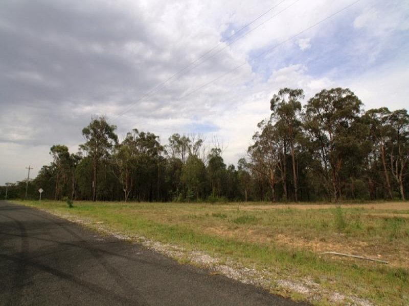 Lot 402 45 Treelea Grove, Lakesland, NSW 2572
