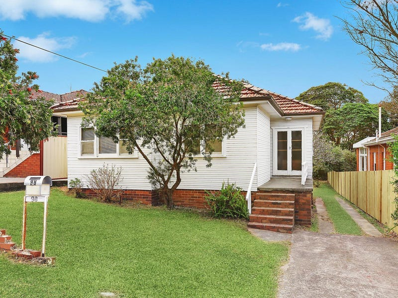 98 Smith Avenue, Allambie Heights, NSW 2100
