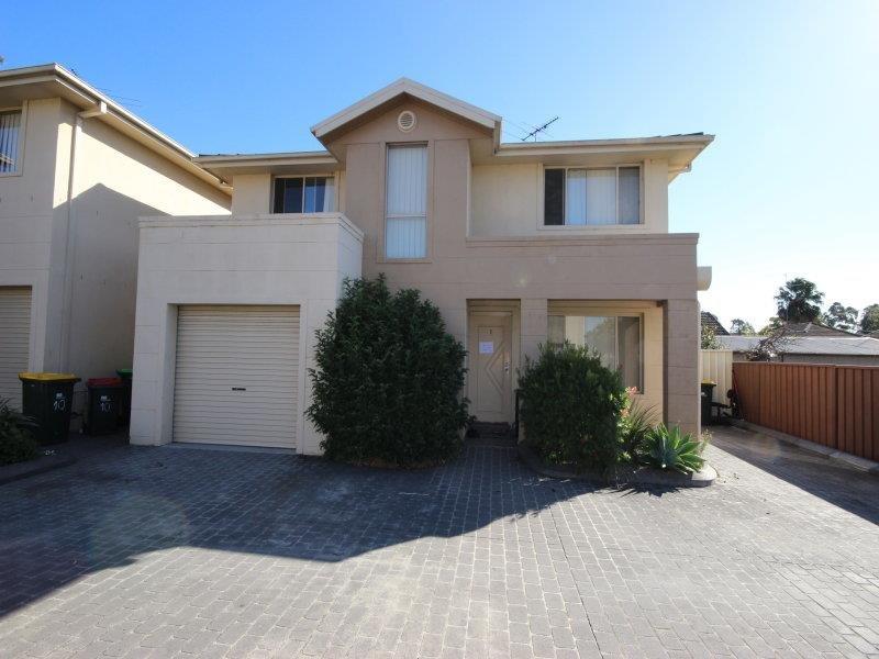 1/42B Graham  Ave, Casula, NSW 2170