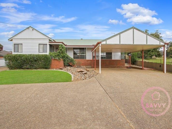 711 Centaur Road, Hamilton Valley, NSW 2641