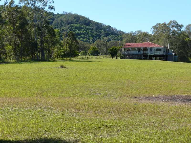 116 Hill Road, Mothar Mountain, Qld 4570