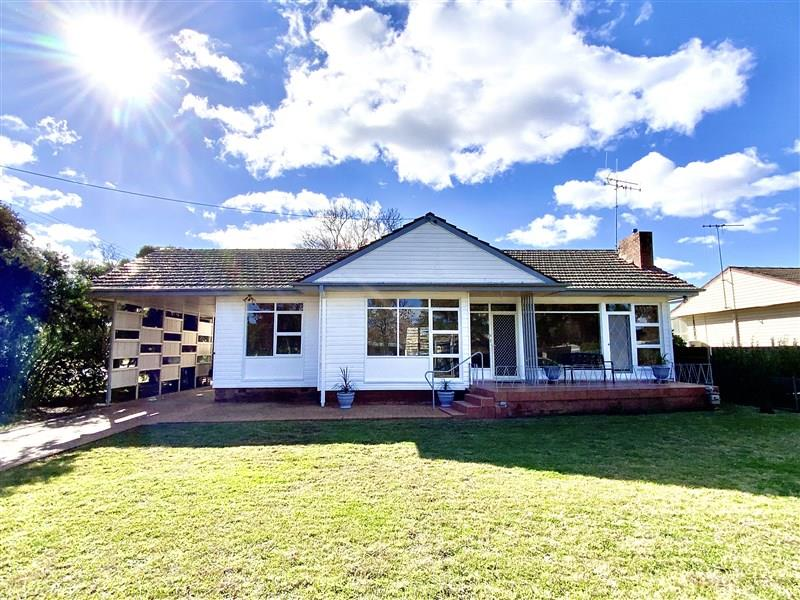 1 Woods Street, Forbes, NSW 2871