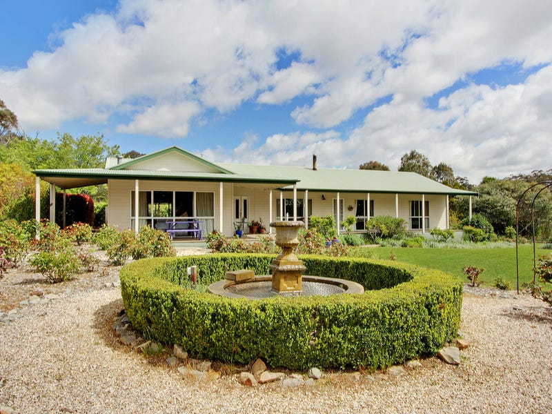 583 Lucky Pass Road, Collector, NSW 2581