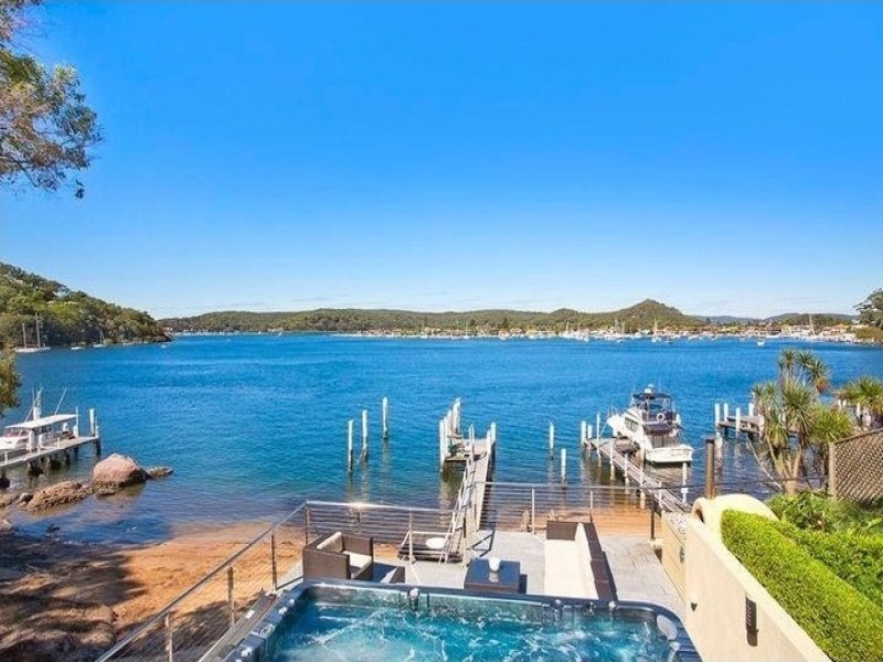92 Daley Avenue, Daleys Point, NSW 2257