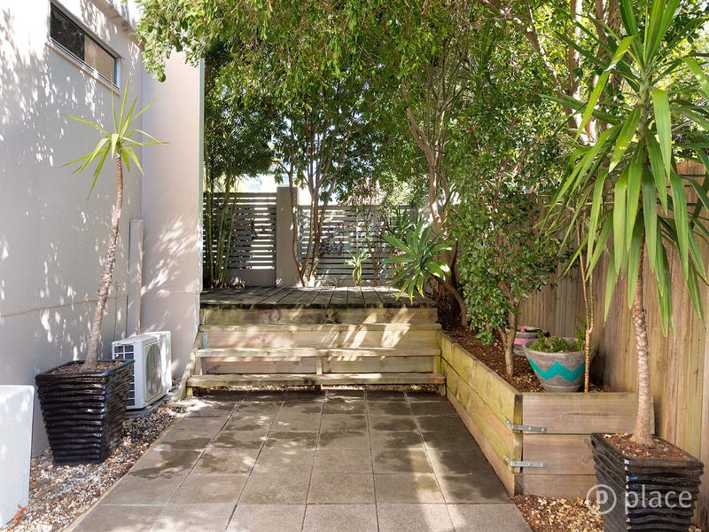 1/24 Rogoona Street, Morningside, Qld 4170