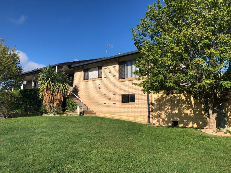 10 Short Street, Glen Innes, NSW 2370