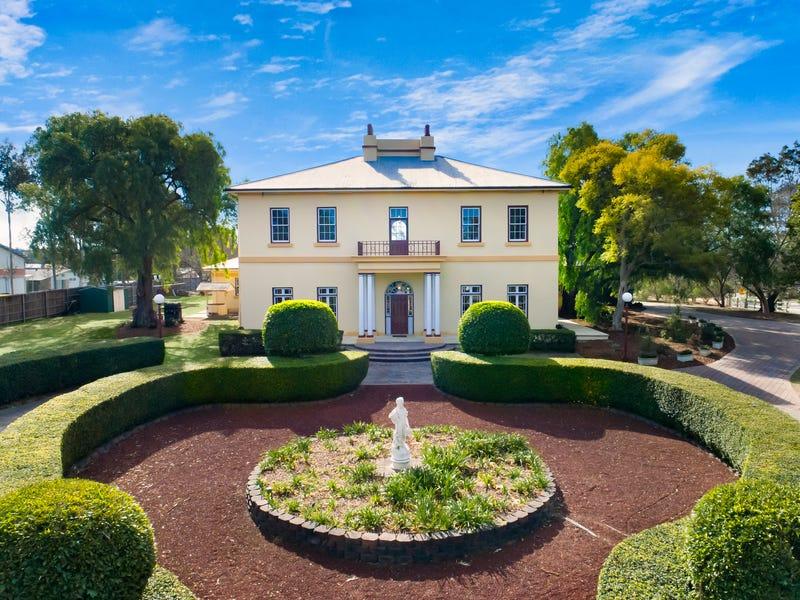 14 Horningsea Park Drive, Horningsea Park, NSW 2171