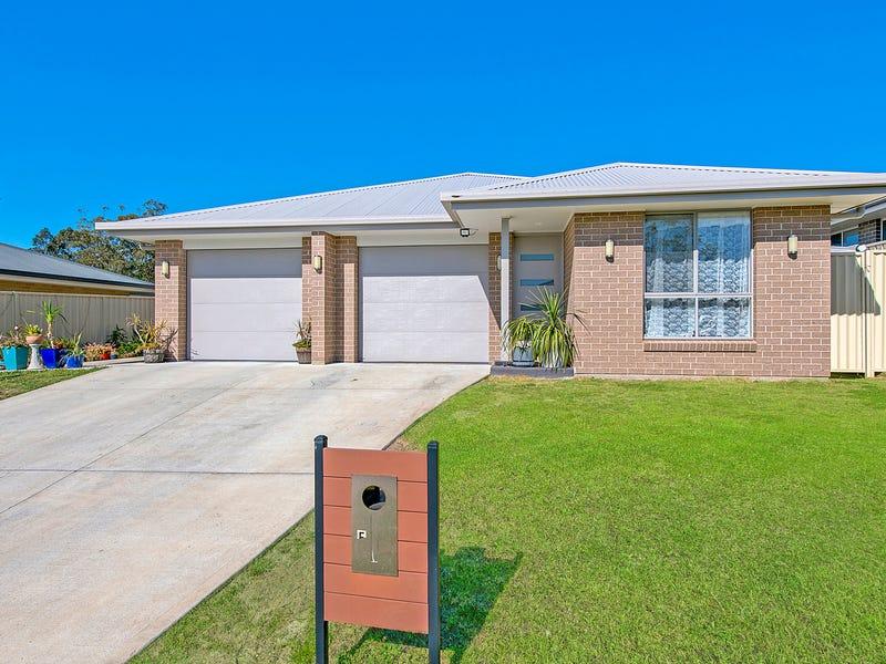 5 & 5A Blacksmith Street, Wauchope, NSW 2446