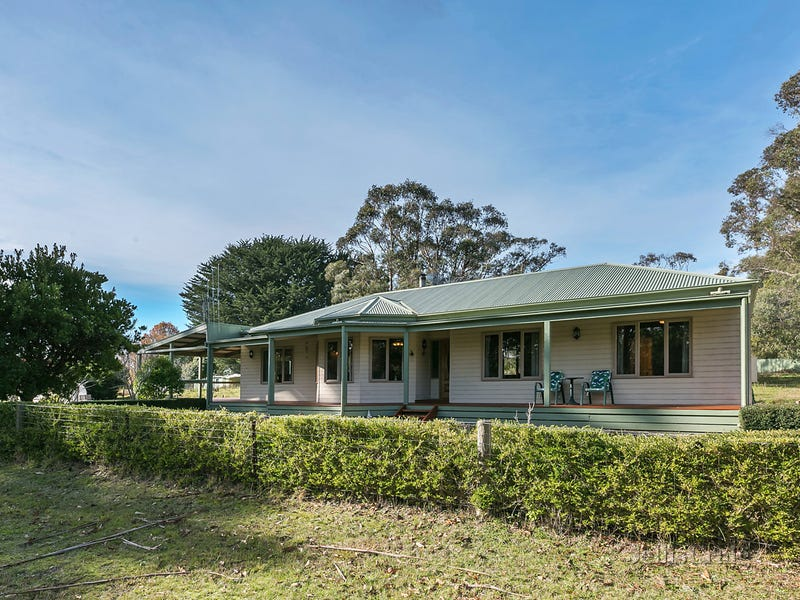 2 Bridge Street, Trentham
