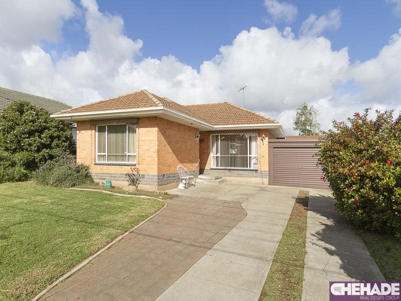 17 Goodall Road, Para Hills, SA 5096