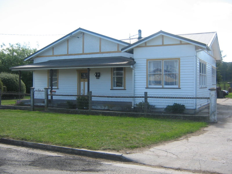 Address available on request, Railton, Tas 7305