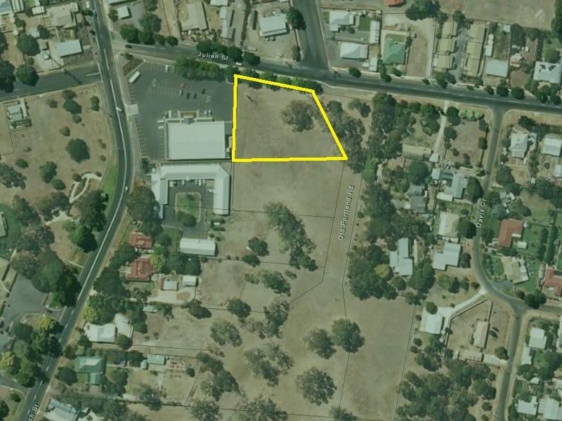 300 Julian Street West, Penola, SA 5277