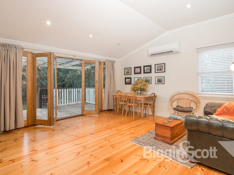 607 Doveton Street North, Soldiers Hill, Vic 3350