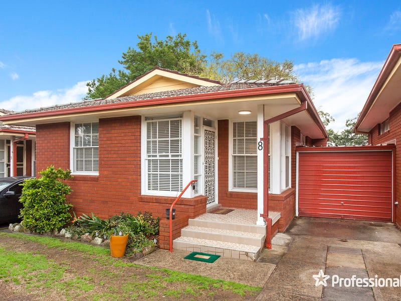 8/848 Forest Road, Peakhurst, NSW 2210