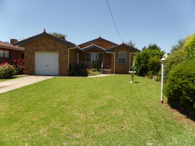 50 Grenfell Street, Parkes, NSW 2870